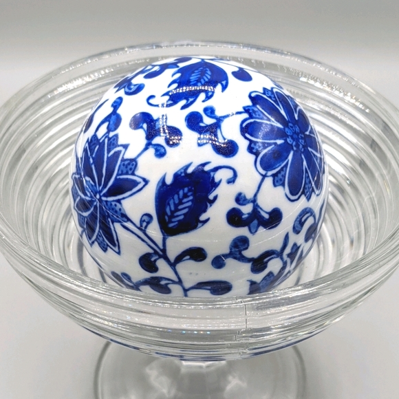Vintage Chinoiserie Floral Porcelain Carpet Ball